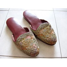 Nyonya Gold Thread Beaded Slippers