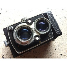 Yashica-D Twin Lens Reflex Camera